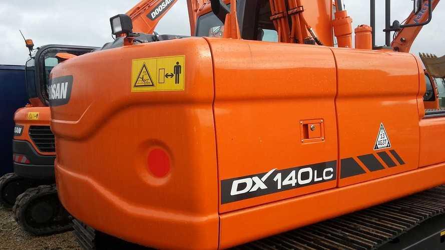 DOOSAN DX140 LC neuve VENDUE 2013-03-1513.25.34