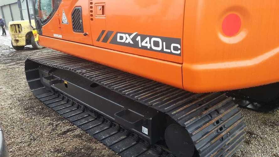 DOOSAN DX140 LC neuve VENDUE 2013-03-1513.25.49